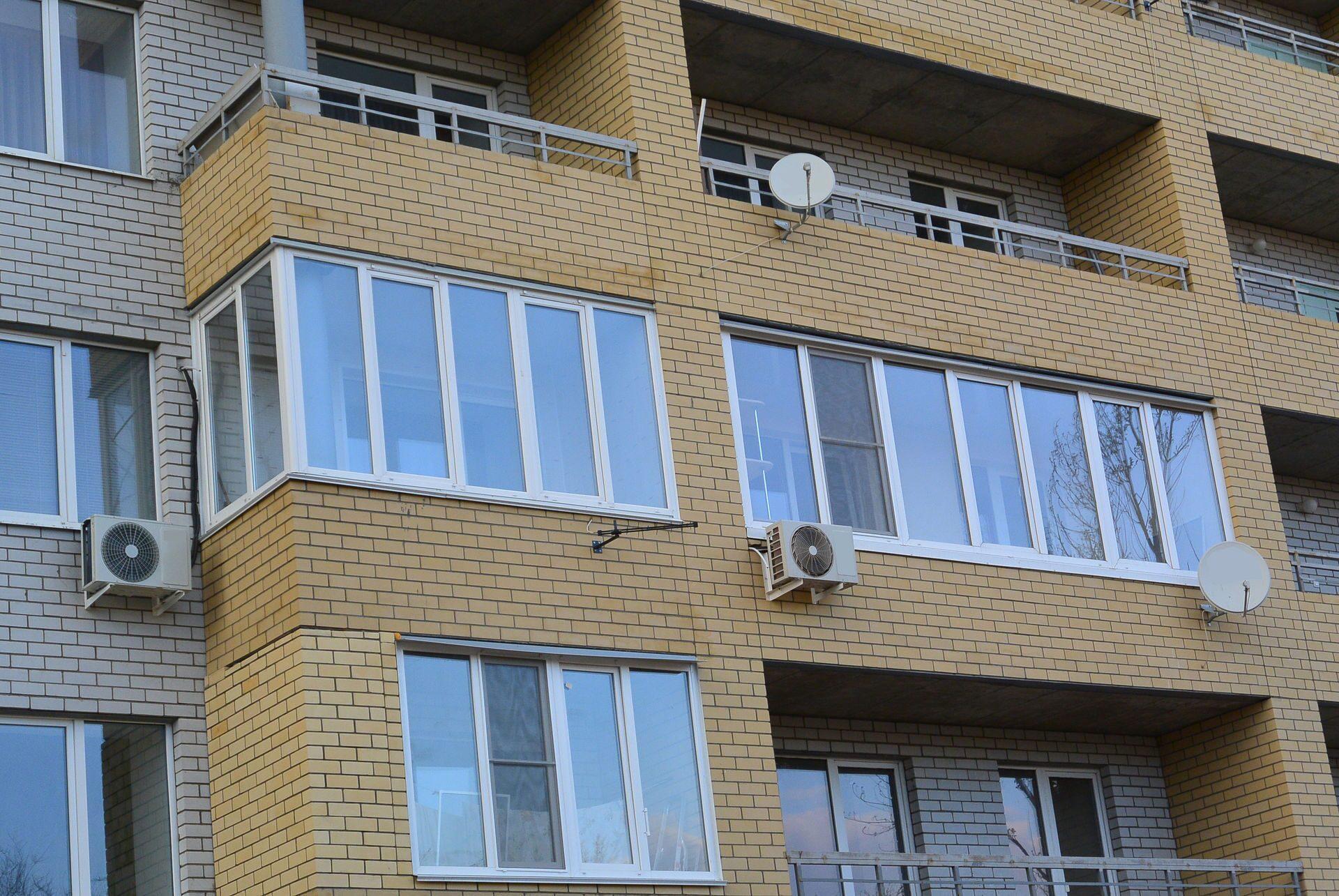 Отделка и остекление балконов и лоджий под ключ недорого в м.